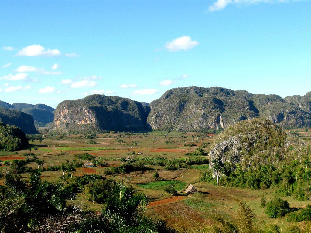 Dolina Viñales – pośród mogotów i plantacji tytoniu (1 dzień)